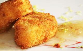 009.Queso-de-cabra-frito-con-mermelada-de-cebolla-378x198